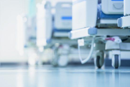 sairaalasänkyjä